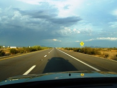 Thunderstorm brewing on Interstate I-10 East, near Salome Road, Arizona - Click for larger image (http://jamesmcgillis.com)
