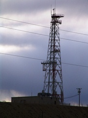 A closer view of the American Tower wireless colocation site between Crescent Junction and Moab, Utah - Click for larger image (http://jamesmcgillis.com)