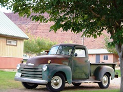 The owner's 1950 Chevy pickup truck parked at the Moab Rim Campark & Cabins in Moab, Utah - Click for larger image (http://jamesmcgillis.com)