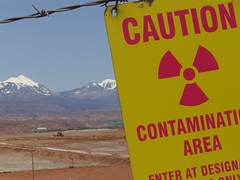 The Nuclear Contaminated site known as Moab UMTRA sits next to the Colorado River and Moab, UT - Click for larger image (http://jamesmcgillis.com)