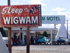 "The Wigwam Motel in Holbrook, Arizona was the inspiration for the Cozy Cone Motel in the Disney Pixar movie, ""Cars"" - Click for larger image (htp://jamesmcgillis.com)"