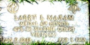 Burial Marker for Larry L. Maxam - Click for larger image (http://jamesmcgillis.com)