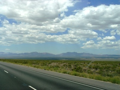 Mojave National Preserve, from Interstate I-40 West, in California - Click for larger image (http://jamesmcgillis.com)