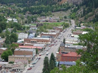 Looking west over Main Street, Ouray, Colorado - Click for larger image (http://jamesmcgillis.com)