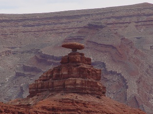 "The ""Mexican Hat"", at the north entrance to Monument Valley, Utah - Click for larger image (http://jamesmcgillis.com)"
