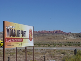 Moab Airport sign, Canyonlands Field, Moab, Utah - Click for larger image (http://jamesmcgillis.com)