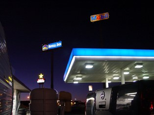 Mobil Oil Service Station, Needles, CA, at dusk - Click for larger image (http://jamesmcgillis.com)