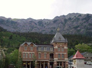Historical Beaumont Hotel, Ouray, Colorado - Click for larger image (http://jamesmcgillis.com)