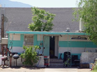 Vintage desert trailer home with satellite dish, Downtown Mesquite, Nevada - Click for larger image (http://jamesmcgillis.com)