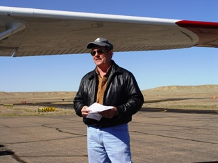 Todd Peterson at Canyonlands Field, Moab, Utah in 2008 - Click for larger image (http://jamesmcgillis.com)