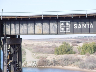 Old Santa Fe Railroad bridge across the Colorado River, near Needles, California - Click for alternate image (http://jamesmcgillis.com)