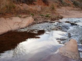 Low water in June 2009 - a Mill Creek pool, Moab, Utah - Click for larger image. (https://jamesmcgillis.com)