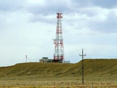 Communications tower near Moab, Utah - Click for larger image (https://jamesmcgillis.com)