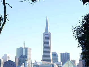 Transamerica Building, often called a pyramid;, which acts as a New Energy transceiver at San Francisco, California - Click for larger image (http://jamesmcgillis.com)