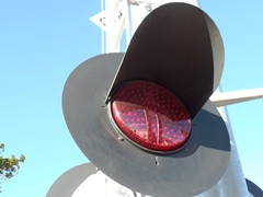 New LED flashing lights on the crossbuck at Fifth St. and Rice Ave.are among the few safety improvements at the scene of the Oxnard Metrolink collision in February 2015 - Click for larger image (http://jamesmcgillis.com)