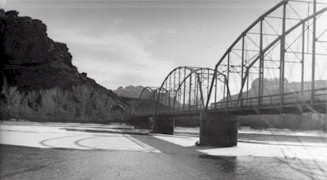 The original 1912 Grand River highway bridge at Moab terminated in what would later become Lions Club Park - Click for larger image (https://jamesmcgillis.com)