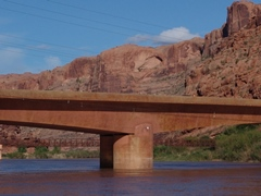 Ultimately, the U.S. 191 highway bridge at Moab's Lions Park was deemed to large to dismantle and was allowed to stand - Click for larger image (https://jamesmcgillis.com)
