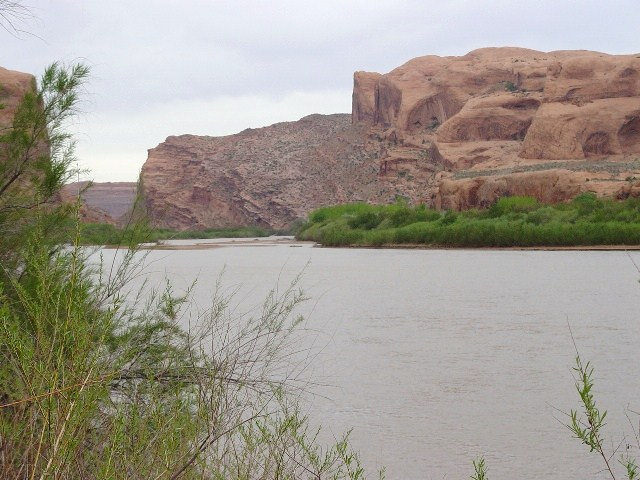 Colorado River, looking upstream toward the Portal, Moab, Utah (http://jamesmcgillis.com)