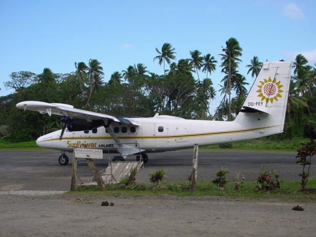 Sunair of Fiji, (now Pacific Sun, Fiji's regional airline) aircraft at Savusavu Airport - Click for larger image (https://jamesmcgillis.com)