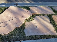 Large slabs of Arizona sandstone cover former lawn area on the parkway at Casa Carrie in Simi Valley, California - Click for larger image (http://jamesmcgillis.com)
