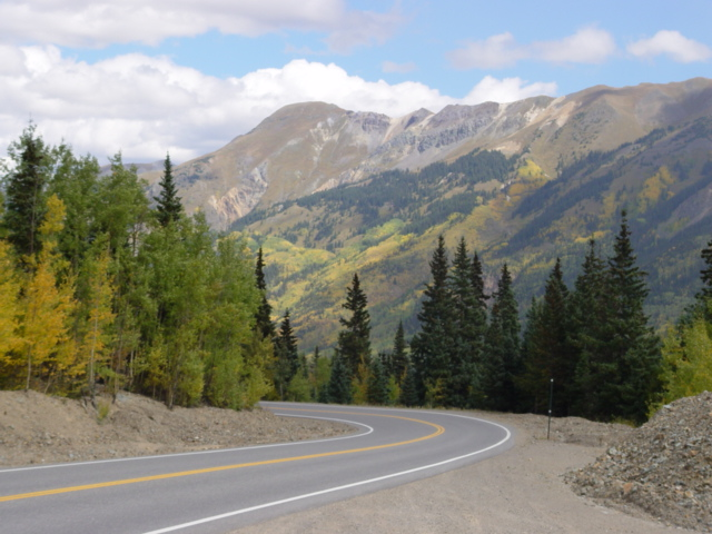 The Million Dollar Highway, Silverton, Colorado - Click for larger image (http://jamesmcgillis.com)