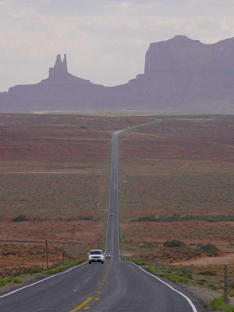 Where Forest Gump stopped running, on Highway 163, Monument Valley, Utah - Click for larger image (http://jamesmcgillis.com)