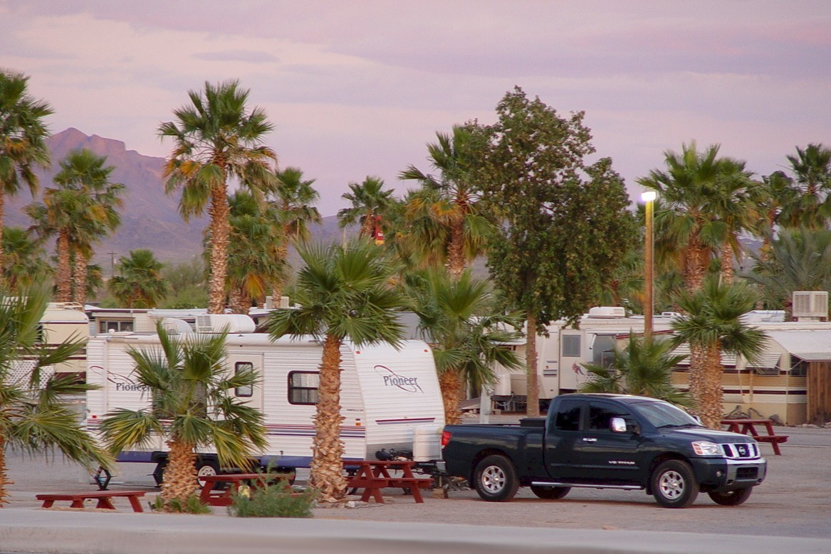 The Holiday Palms RV Park, Quartzsite, Arizona (http://jamesmcgillis.com)