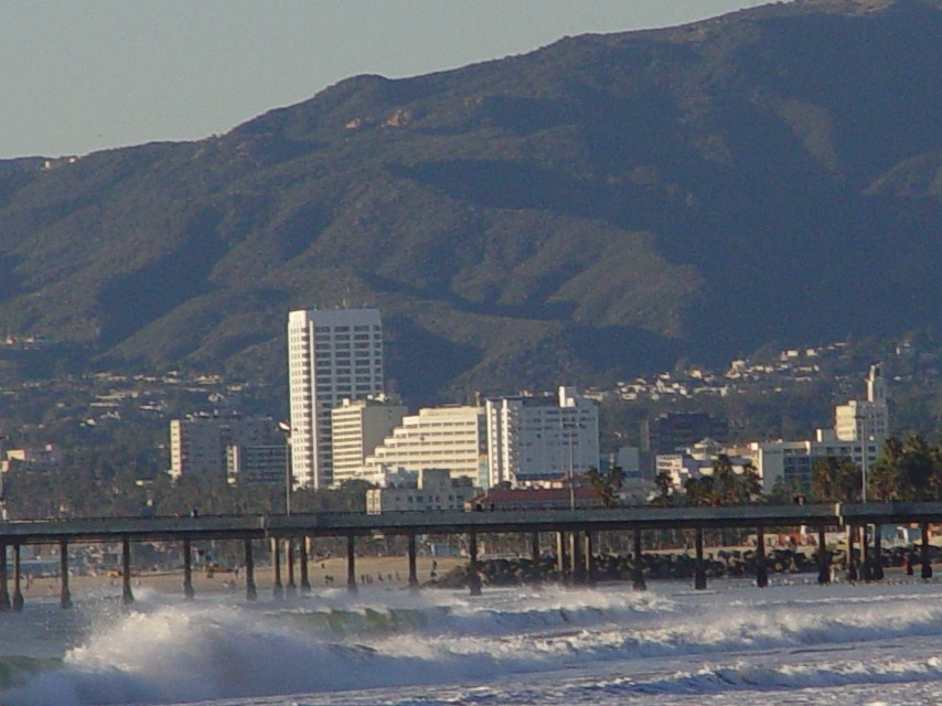 Santa Monica Mountains, Venice Pier and Venice Beach with high surf (jamesmcgillis.com)