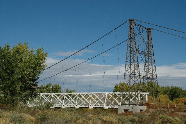 Dewey Bridge, prior to destruction in April 2008