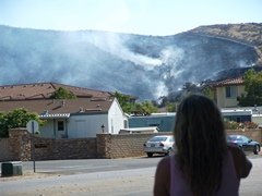 A fifty acre brush fire in Simi Valley, California - Click for larger image (http://jamesmcgillis.com)