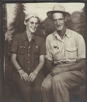 Dorothy and Maury Robertson (parents of Maurine and Bob Robertson) sit for a portrait in 1942 - Click for larger image (http://jamesmcgillis.com)