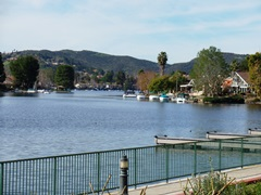 Westlake, in Westlake Village, is one of the larger private recreation lakes in Southern California - Click for larger image (http://jamesmcgillis.com)